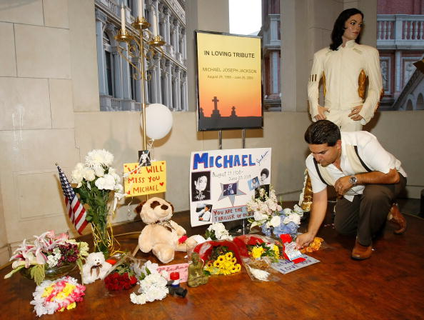 Model - Object「Michael Jackson Dies In Los Angeles At Age 50」:写真・画像(0)[壁紙.com]