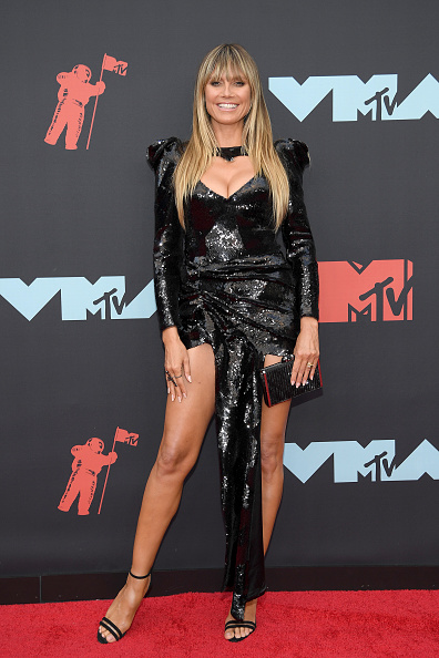 Sequin Dress「2019 MTV Video Music Awards - Arrivals」:写真・画像(8)[壁紙.com]