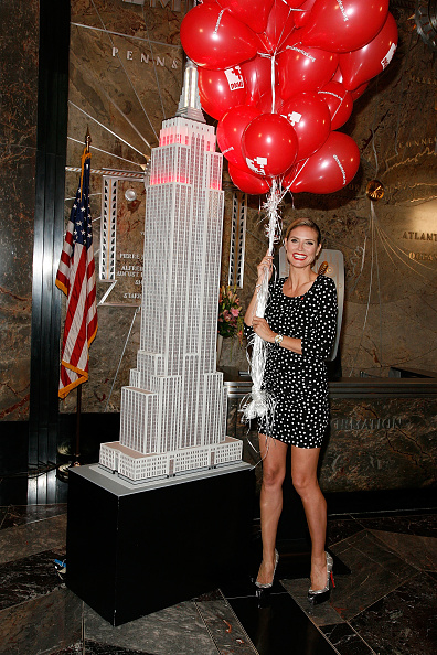 Empire State Building「Heidi Klum Empire State Building Lighting Ceremony Honoring Bone Marrow Donors」:写真・画像(4)[壁紙.com]