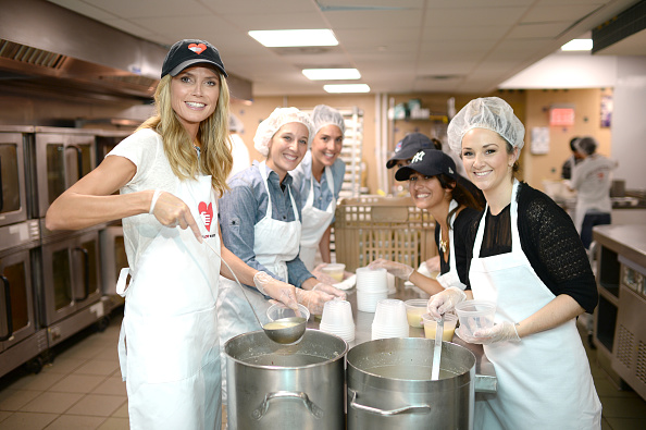 Healthy Eating「Heidi Klum Helped Prepare Meals For God's Love We Deliver」:写真・画像(13)[壁紙.com]