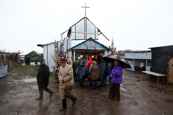 Church「Christmas Is Celebrated By Orthodox Christians At The Calais Jungle」:写真・画像(11)[壁紙.com]
