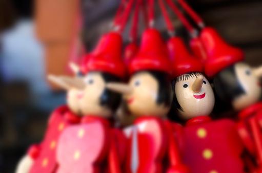 Gift Shop「Pinocchio Wooden Puppets」:スマホ壁紙(9)