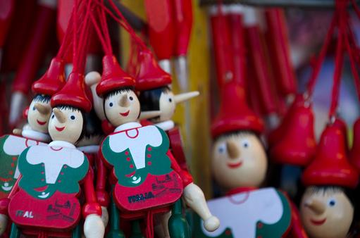 Gift Shop「Pinocchio Wooden Puppets」:スマホ壁紙(16)