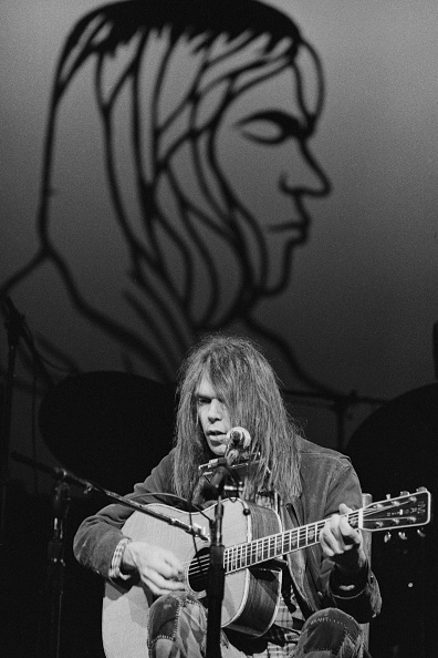 1976「Neil Young At Hammersmith」:写真・画像(9)[壁紙.com]