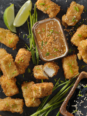 Soy Sauce「Breaded Tofu Bites with a Ginger Peanut Dipping Sauce」:スマホ壁紙(19)