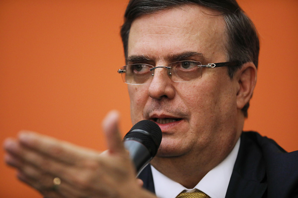 Risk「Mexico's Foreign Affairs Secretary Ebrard Holds Press Conference On Tariff Talks」:写真・画像(10)[壁紙.com]