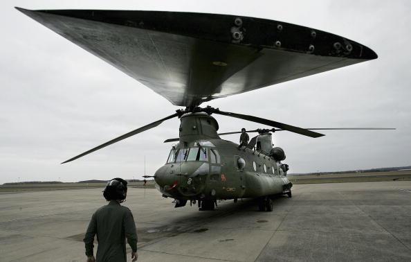 CH-47 Chinook「Chinooks Prepare For Afghanistan Deployment」:写真・画像(15)[壁紙.com]