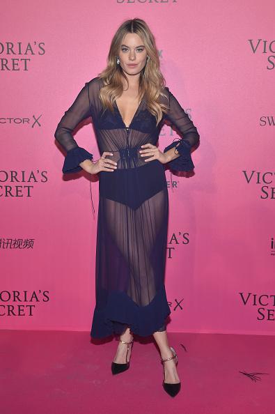 1人「2016 Victoria's Secret Fashion Show in Paris - After Party - Arrivals」:写真・画像(9)[壁紙.com]