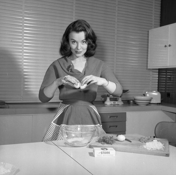 Kitchen「Anne Heywood」:写真・画像(19)[壁紙.com]