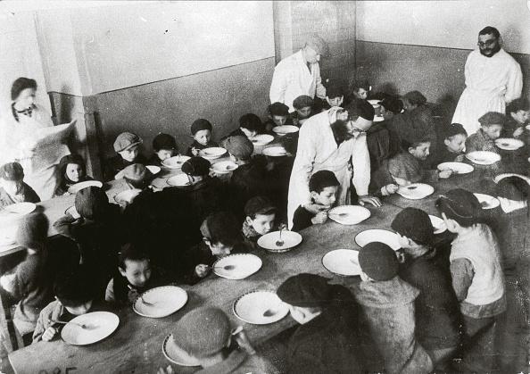 Warsaw「Jewish Children in the Warsaw Ghetto」:写真・画像(16)[壁紙.com]