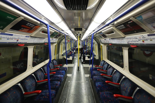 Topix「London Closes Dozens Of Tube Stations Amid Efforts To Curb Coronavirus」:写真・画像(13)[壁紙.com]
