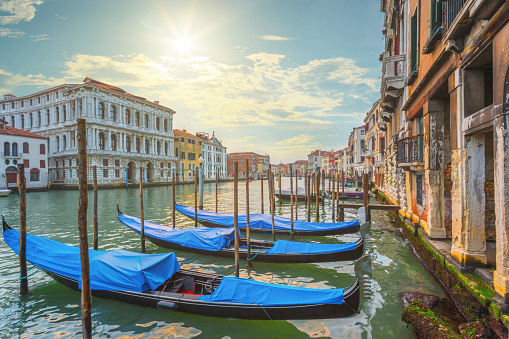 Gondola「The Grand Canal in Venice, Italy」:スマホ壁紙(9)