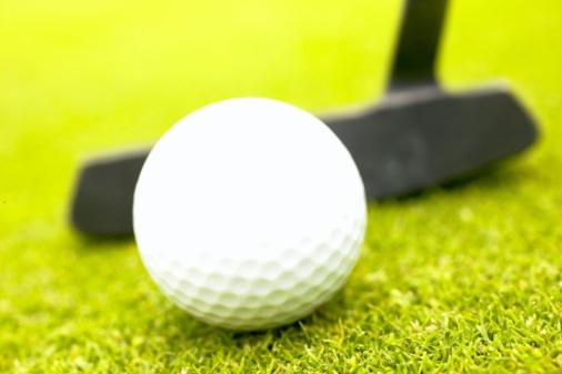 Putting - Golf「Golf ball and putter」:スマホ壁紙(9)