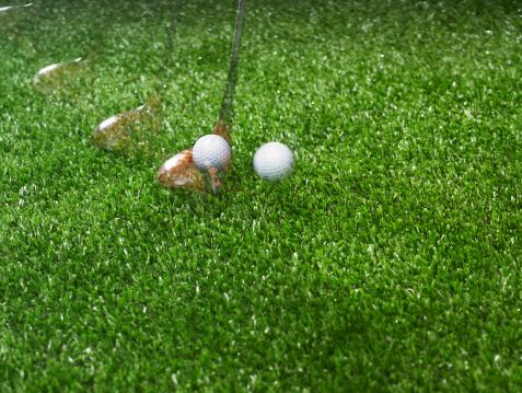 Multiple Exposure「Golf ball and golf club with golf tee」:スマホ壁紙(10)