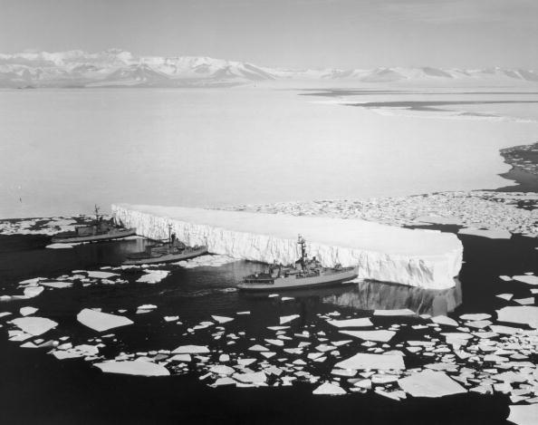 自然の景観「Navy Icebreakers」:写真・画像(18)[壁紙.com]