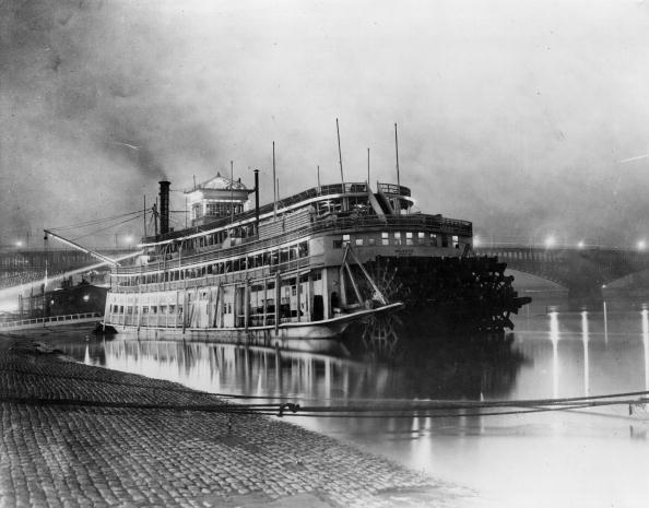 Mississippi River「Steamboat」:写真・画像(7)[壁紙.com]