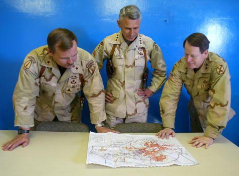 Bagram Air Base「Resupply Load at Bagram Air Base in Afghanistan」:写真・画像(1)[壁紙.com]