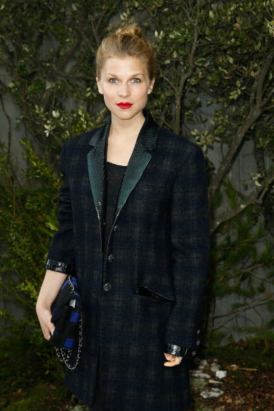 Chanel Jacket「Chanel: Photocall - Paris Fashion Week Haute-Couture Spring/Summer 2013」:写真・画像(17)[壁紙.com]