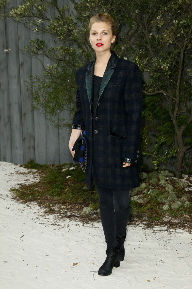 Chanel Jacket「Chanel: Photocall - Paris Fashion Week Haute-Couture Spring/Summer 2013」:写真・画像(14)[壁紙.com]