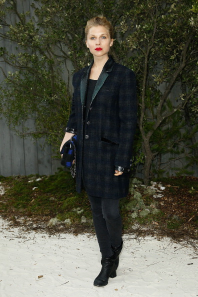 Chanel Jacket「Chanel: Photocall - Paris Fashion Week Haute-Couture Spring/Summer 2013」:写真・画像(16)[壁紙.com]