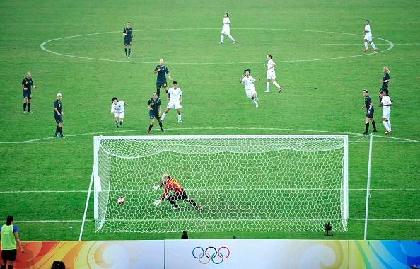 Women's Soccer「Summer Olympic Games in  Beijing China 2008」:写真・画像(12)[壁紙.com]