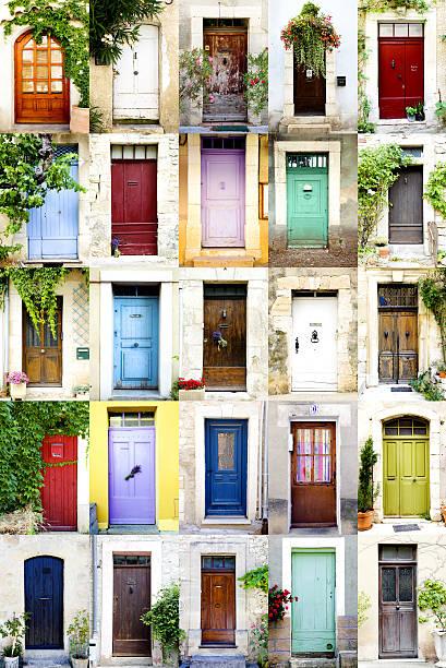 Colorful doors, vertical:スマホ壁紙(壁紙.com)