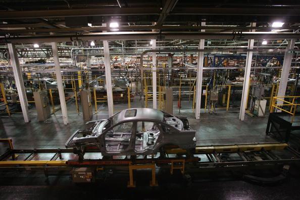 Industry「Ford's Chicago Assembly Plant Celebrates 2008 Models」:写真・画像(5)[壁紙.com]