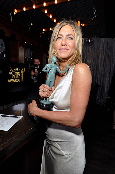 26th Screen Actors Guild Awards「26th Annual Screen Actors Guild Awards - Trophy Room」:写真・画像(7)[壁紙.com]