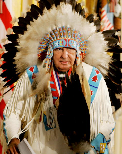 Headdress「Bush Honors Opening of National Museum of the American Indian」:写真・画像(11)[壁紙.com]