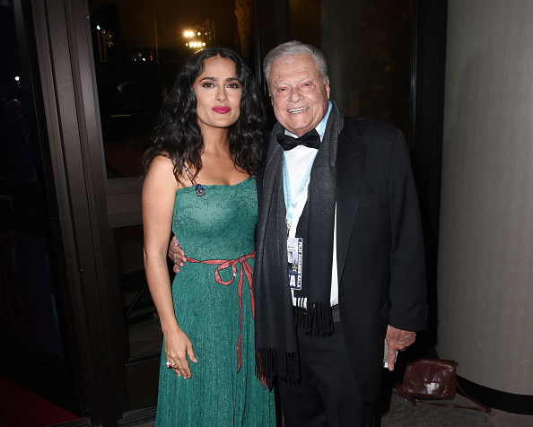 Two People「29th Annual Palm Springs International Film Festival - Festival Chairman Harold Matzner」:写真・画像(5)[壁紙.com]