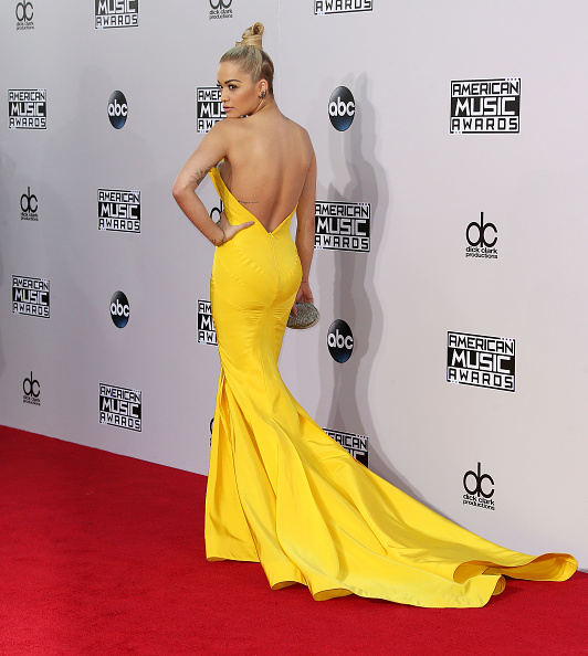 Frederick M「42nd Annual American Music Awards - Arrivals」:写真・画像(1)[壁紙.com]