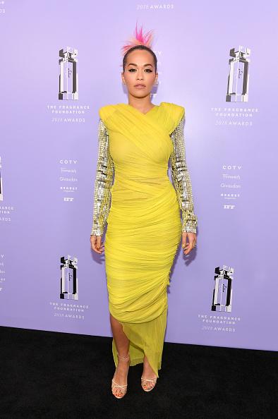 Yellow Dress「2018 Fragrance Foundation Awards」:写真・画像(9)[壁紙.com]