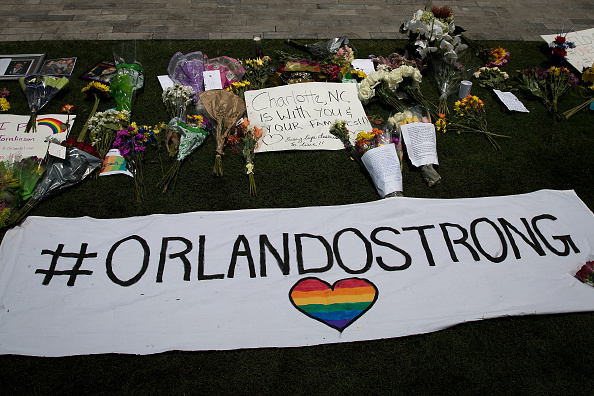フロリダ州オーランド「At Least 50 Dead In Mass Shooting At Gay Nightclub In Orlando」:写真・画像(12)[壁紙.com]