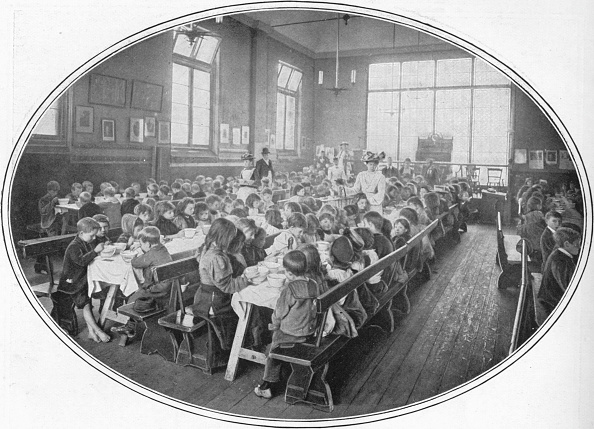 19th Century Style「A Ragged School Union dinner, Camberwell, London, c1901 (1901)」:写真・画像(16)[壁紙.com]