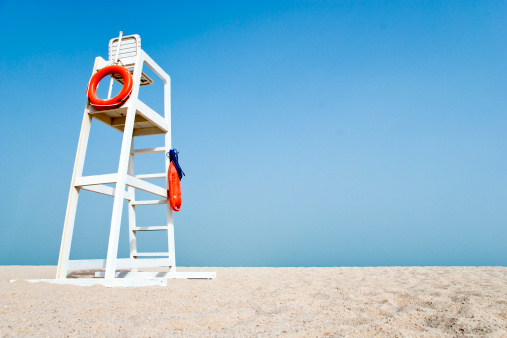 Lifeguard「Empty Lifeguard Chair on the beach」:スマホ壁紙(3)