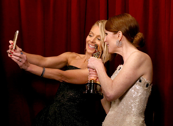 Photography Themes「87th Annual Academy Awards - Backstage And Audience」:写真・画像(3)[壁紙.com]