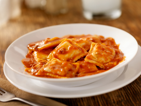 Stuffed「Beef Ravioli In a Tomato Meat Sauce」:スマホ壁紙(11)