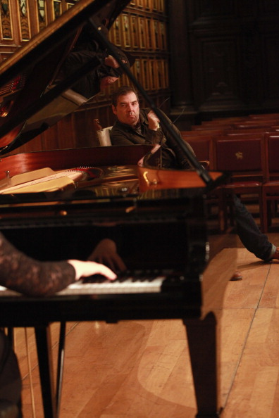 Amy T「Brendan Coyle As Debussy Joins Pianist Lucy Parham In A Performance Of Reverie In London」:写真・画像(19)[壁紙.com]