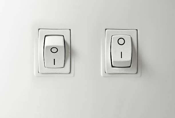 Switch on / off button:スマホ壁紙(壁紙.com)