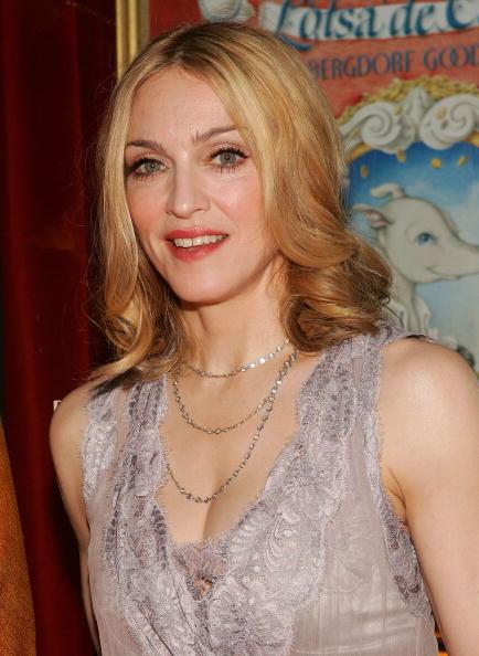 女性歌手「Party For Madonna's New Children's Book At Bergdorf Goodman」:写真・画像(9)[壁紙.com]