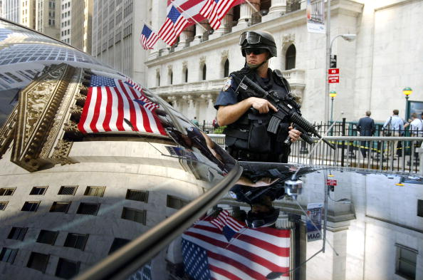 Mid Adult「New York Steps Up Security Over Terror Warnings」:写真・画像(0)[壁紙.com]