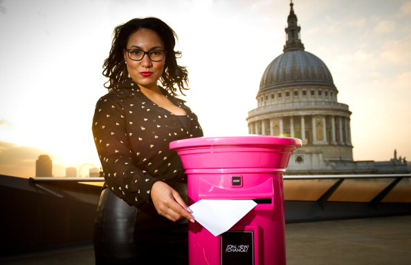Mailbox「London's Secretaries and PAs Go Straight To The Top With Their Christmas Lists... To Their Bosses」:写真・画像(9)[壁紙.com]