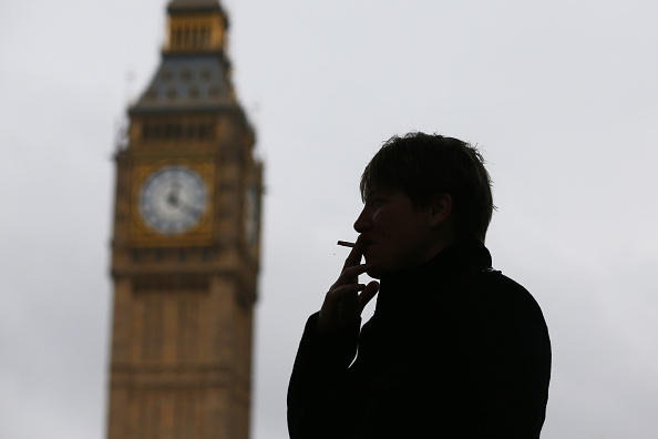 Cigarette「Calls For Smoke Free Trafalgar Square and Parliament Square」:写真・画像(14)[壁紙.com]