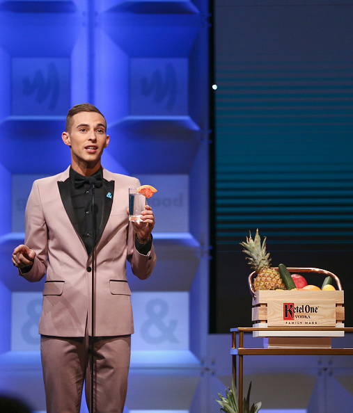 Adam Rippon「Ketel One Family-Made Vodka, a longstanding ally of the LGBTQ community, stands as a proud partner of GLAAD for the 29th Annual GLAAD Media Awards Los Angeles」:写真・画像(18)[壁紙.com]