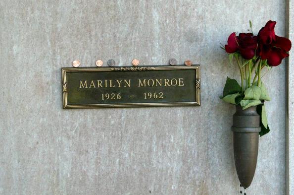 Grave「Marilyn Monroe 40th Anniversary」:写真・画像(16)[壁紙.com]