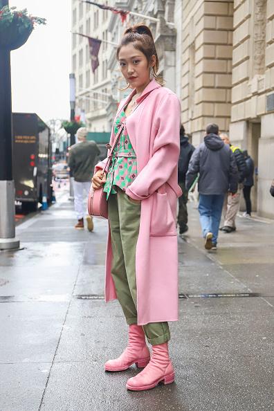 Achim Aaron Harding「Street Style - New York Fashion Week February 2019 - Day 2」:写真・画像(3)[壁紙.com]