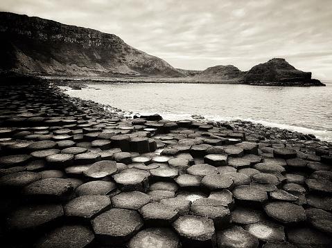 Basalt「Giants Causeway Northern Ireland BW Sepia」:スマホ壁紙(18)