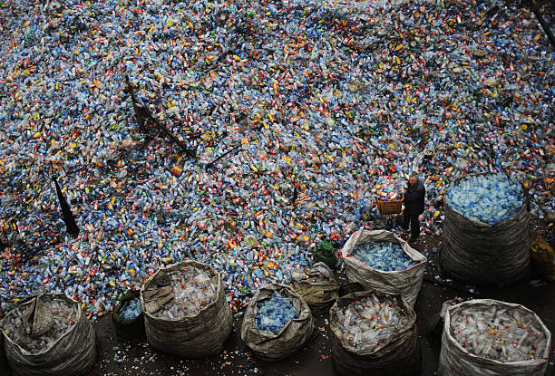 Global Economic Crisis Starts To Hit China's Recycling Sector:ニュース(壁紙.com)