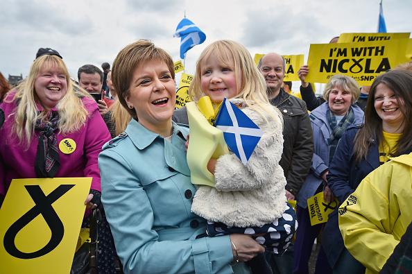 Elementary Age「Nicola Sturgeon Kicks Off The Final Week Of Campaigning」:写真・画像(2)[壁紙.com]