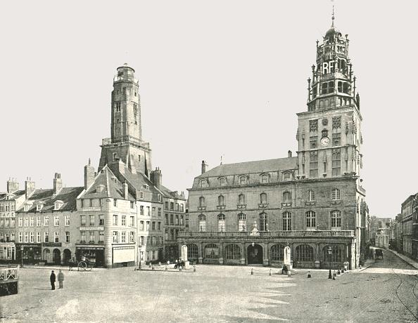 Calais「The Watch Tower And Hotel De Ville」:写真・画像(16)[壁紙.com]